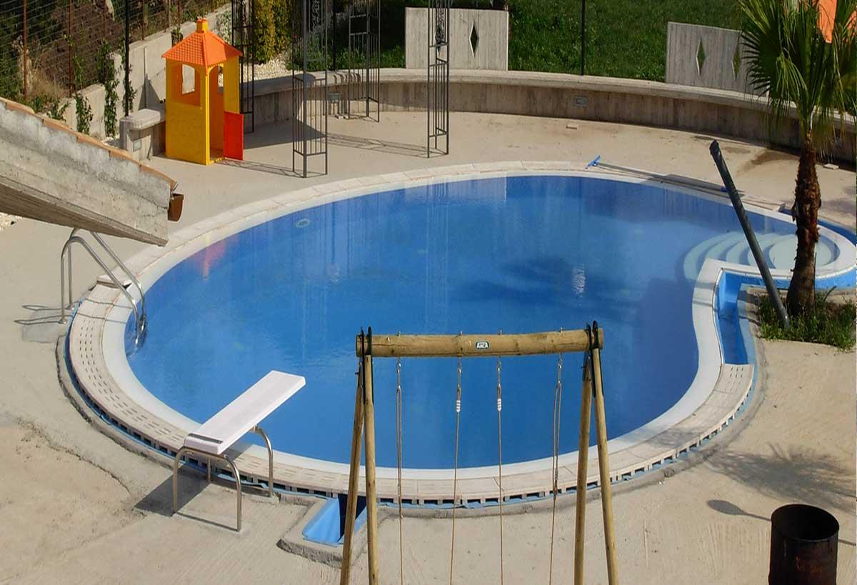 Siculapool piscina - terminata